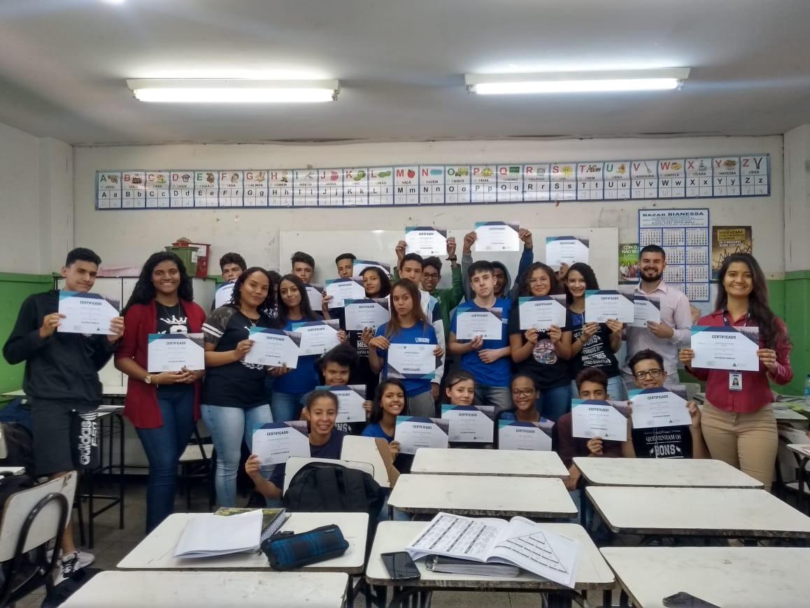 Voluntários da KPMG levam o Futuro do Trabalho para jovens em Uberlândia