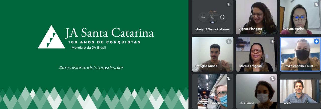 JA Santa Catarina apresenta LIVE para EJA Joinville